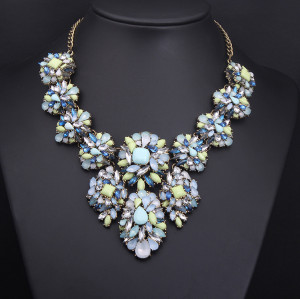 N-3806 Europe Style Bronze Alloy  Resin Gem Crystal Flower Choker Necklace