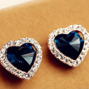E-3084 Vintage style fashion gold plated blue heart rhinestone stud earrings