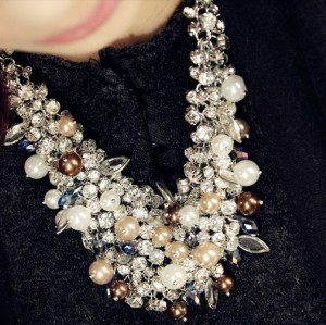 N-3840 European Style Silver Plated Pearl Crystal Leaves Handcraft Choker Necklace