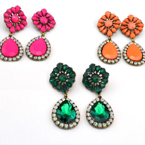 E-3113 Vintage style Bronze Alloy Crystal Rhinestone Flower Drop Dangle Earrings