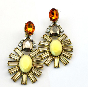 E-3114 European style Golden Alloy Crystal Rhinestone Resin Gem Flower Drop Dangle Earrings