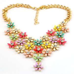 N-3879 Korea Style Gold plated  Chain  Crystal Resin Gem Flower Bib Necklace