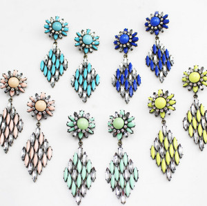 E-3120 Europea style lucury crystal resin leaves crystal flower fashion designer vintage statement earrings