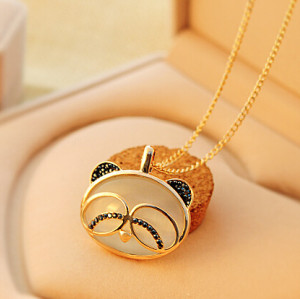 N-3897 Korea Style Cute Cat Opal Crystal Penda Pendant Necklace
