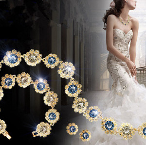 S-0097 Korea Style Special Gold Plated Nobility Snowflake Rhinestone Blue Purple Crystal Bracelet Earring Necklace Set