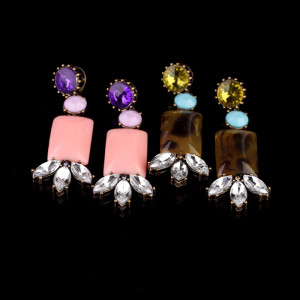 E-0312 European Bronze Alloy Crystal Square Resin Gem Flower Ear Stud Earrings