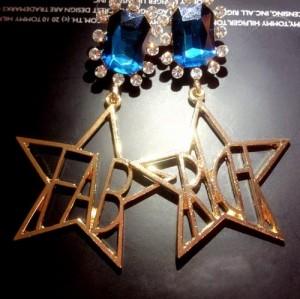 E-3169 korea style gold plated emerald crystal geometric caving letter metallic star dangle earrings