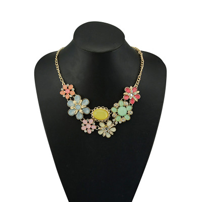 N-5062  Gold Plated Chain Acrylic Gemstone Rhinestone Flower Leaves Choker Necklace