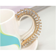 E-3261  Exaggerated vintage crystal rhinestone hanging earrings ear clip gold plated ear cuff