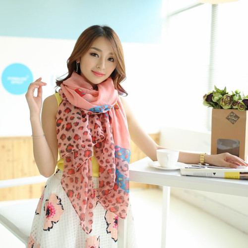 C-0078  New Arrival brand leopard sex lip knitted scarf for woman winter warm scarf