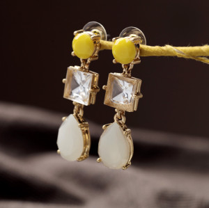 E-3277 European Style Gold Plated Metal Acrylic Crystal Drop Dangle Earrings