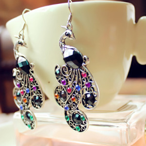 E-3269 New Fashion European Style Vintage Color Rhinestone Peacock Earrings Exaggerated Long Drop Earrings
