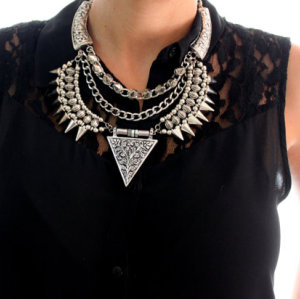 N-3777 European Style Vintage Silver Alloy Carving Flower Rivets Tassels Chains Triangle Pendant Necklace