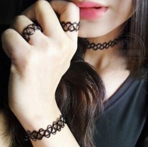 N-5245  New Hot Vintage 90s Popular Vintage Stretch Tattoo necklace Hippy Chick Necklace Retro Elastic Tattoo Choker Collar necklace set