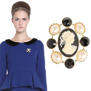 P-0146 European Gold Plated Alloy Pearl Black Head Photo Brooch