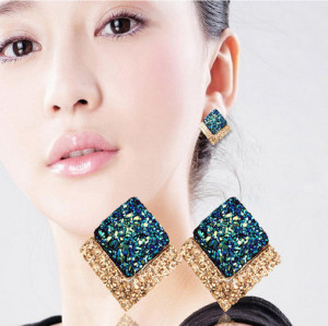 E-3367  New Products Korean Style Fashion Jewelry Gold Plated Alloy Blue Rhinestone Stud Earring For Women