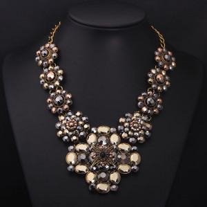 N-5276 European New Women Jewelry Exaggerated Retro Fashion Crystal Flowers Inlaid Rhinestones High Luxury Chunky Necklace