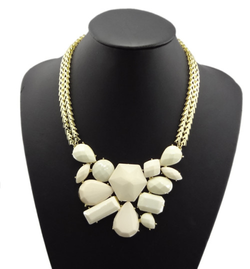 N-0769 European fashion style alloy geometric irregular gem necklace
