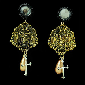 E-3416 New product vintage jewelry gold plated lion rehinestone pink pearl cross dangle earrings