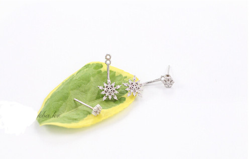 E-3425  fashion style silver gold plated alloy rhinestone snow stud earrings