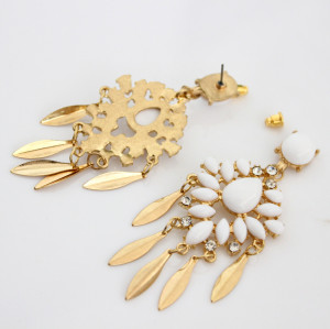 E-3460 behemian gold plated alloy white acrylic rhinestone earrings