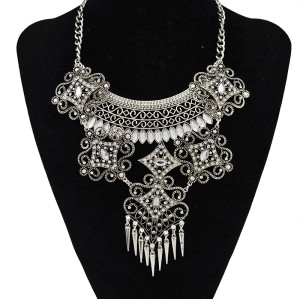 N-5506 Boho vintage Gold/silver plated exaggerate zinc alloy crystal big hollow flower long rivet pendant statement bib necklace women