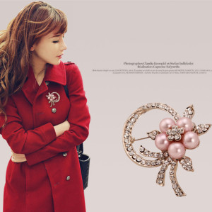 P-0163 Korean style pearl flower scarf buckle alloy rhinestone collar pin brooch