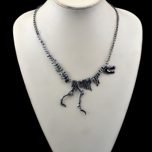 N-5591 New Fashion Style Gun black Silver Dinosaur Lovely  Pendant Necklace