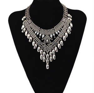 N-5615 New Fashion European Style Silver Plated full rhinestone Crystal Flower Luxury Big Statement Necklace