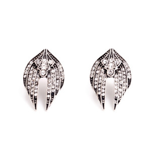 E-3504 European and American Fashion Flying Wings Diamond Earrings Lady Jewelry