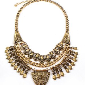 N-5359 European Vintage Style Carving Flower Drop Tassels Triangle Statement Necklace