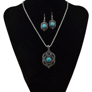 N-5709 New Fashion Turquoise Pendant Choker Necklace Bracelet Earrings Set for Women
