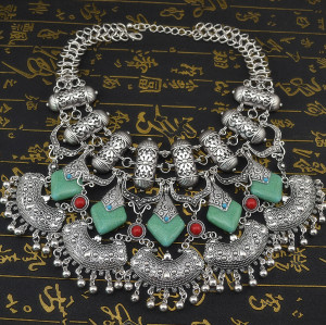 N-5726 European Style Silver Gold Plated Carved Flower Nature Turquoise Beads Pendant Collar Choker Bib Statement Necklace Bohemian Turkish Women Retro Jewelry