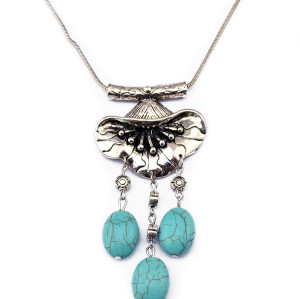 N-5814 Antique Tibetan Silver  Plated Alloy Oval Nature Turquoise Beads Flower Pendant Necklace For Women
