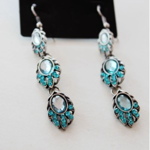 E-3616 New Design 2 Styles Leaf Shape Charm Blue Rhinestone Crystal Bridal Long Earrings for Women Fashion Jewelry