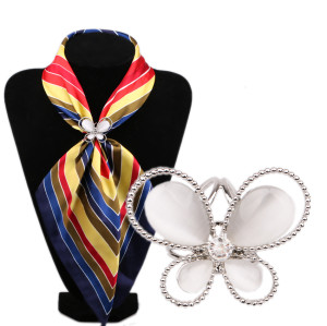 P-0204  New Fashion Casual Gold Silver plated  Alloy Silk scarf Buckle for Women
