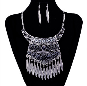 N-5916   Ethnic bohemian vintage silver resin gem geometric pendants necklaces leaf bib choker necklace earrings set jewelry for women