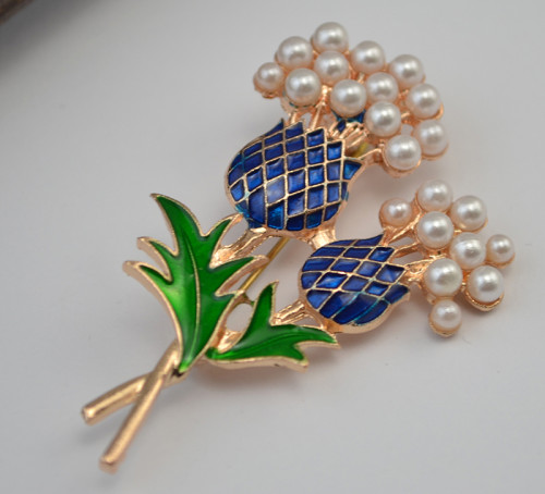 P-0313  New arrival gold plated resin pearl flower women brooches pins fashion jewelry