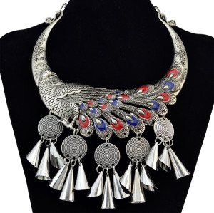 N-6171  Bohemian Style Antique Silver Collars Choker Carved Flower Chinese Classical Elements Peacock Shape Pendant Round Metal Sheet Bell Statement Necklace Women Jewelry