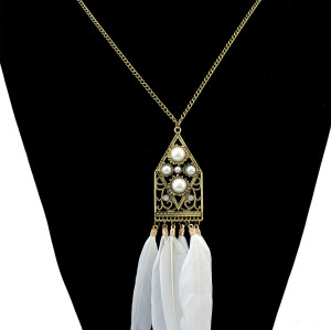 N-6178 Retro bronze chain lovely geometrical shape Venetian pearl feather pendant necklace