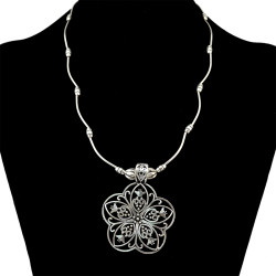 N-6328 Fashion Women Flower Shape Tassel  Silver Plated Chain Charm Pendant Choke Bid Neckalce