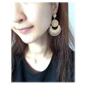 E-3845 Bohemian Antique Gold Silver Fashion Earrings Moon Shape Carved Flower Earrings For Women Jewelry