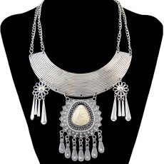 N-5440 Bohemian style silver plated crescent big gem stone pendant tassel necklace