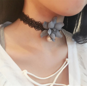 N-6384 Korea Fashion Handmade White Black  Lace Pearl Flower Bib Necklace for Gril