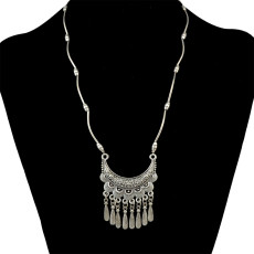 N-6399 bohemian vintage style silver plated moon shape pendant with tassel necklace for women jewelry