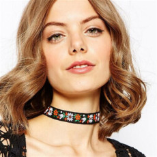 N-6428  Handmade Lace Embroidery Flowers Bohemian National Wind Choker Necklace