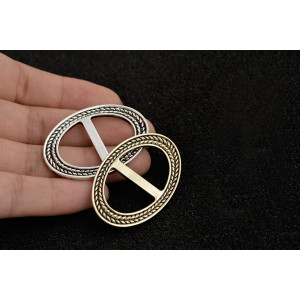 P-0336 Vintage Gold Silver Plated  Alloy Charm Geometry Shape for Women Beautiful Flower Scarf Buckle Brooch  Accessory