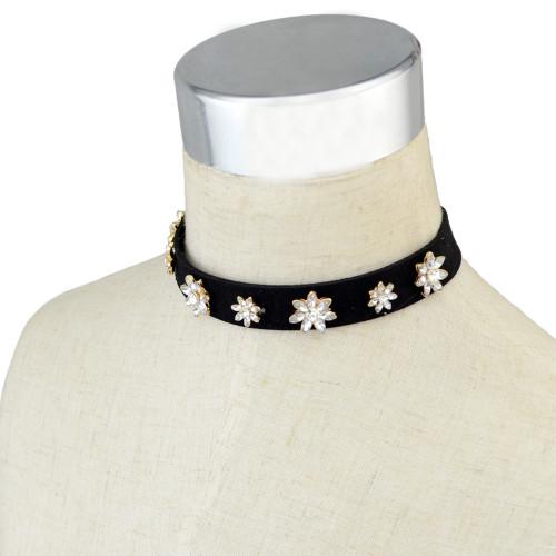 N-6497  Women Black Retro Velvet  Crystal Collars Necklace Choker Short Clavicle Chain
