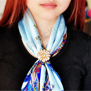 P-0346 Bohomian Style Vintage Gold Silver Plated Alloy Pearl Flower Shape Crystal Scarf Buckle Brooch Women & Girl Accessory