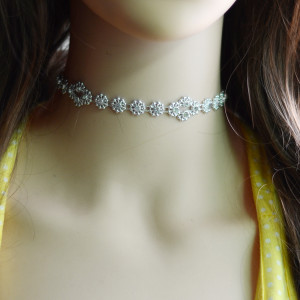 N-6664 Charming Choker Necklace Adjustable Light Inlay Rhinestones Crystal Short Necklace